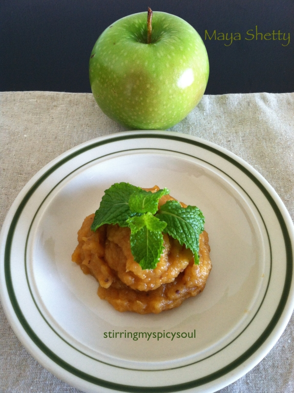 Sweet n'Spicy Apple Chutney